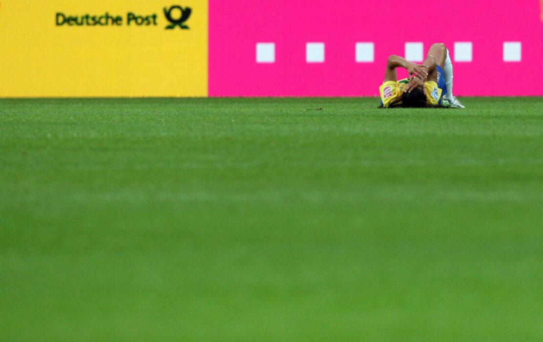 <h5>FUSSBALL: Frauen, WM 2011, Vorrunde, Brasilien - Norwegen 3:0, Wolfsburg, 03.07.2011 Verletzt: MARTA (BRA) © pixathlon</h5>
