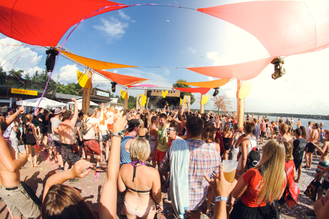 <h5>Helene Beach Festival 2018, Helenesee, Frankfurt Oder, 28.07.2018 Boris Dlugosch (DJ Hamburg) © Torsten Helmke</h5>