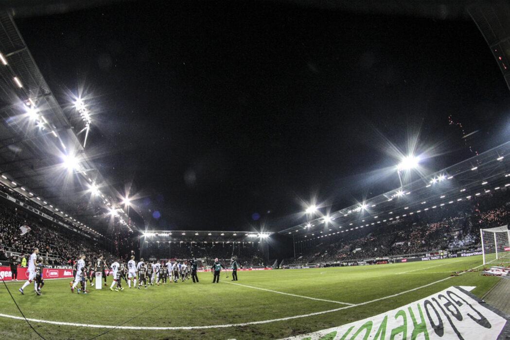 <h5>Fussball: 2. Bundesliga, FC St. Pauli - Union Berlin 3:2, Hamburg, 04.02.2019 Millerntor-Stadion © Torsten Helmke</h5>