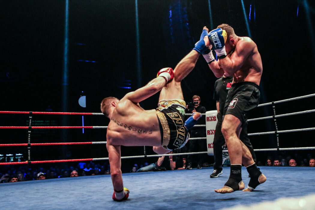 <h5>K1: Get in the Ring 17, Hamburg, 04.11.2017 86 Kg, Championship: Enrico Rogge (Boxtempel Berlin) - Florian Kroeger (Xite Fight Gym) © Torsten Helmke</h5>