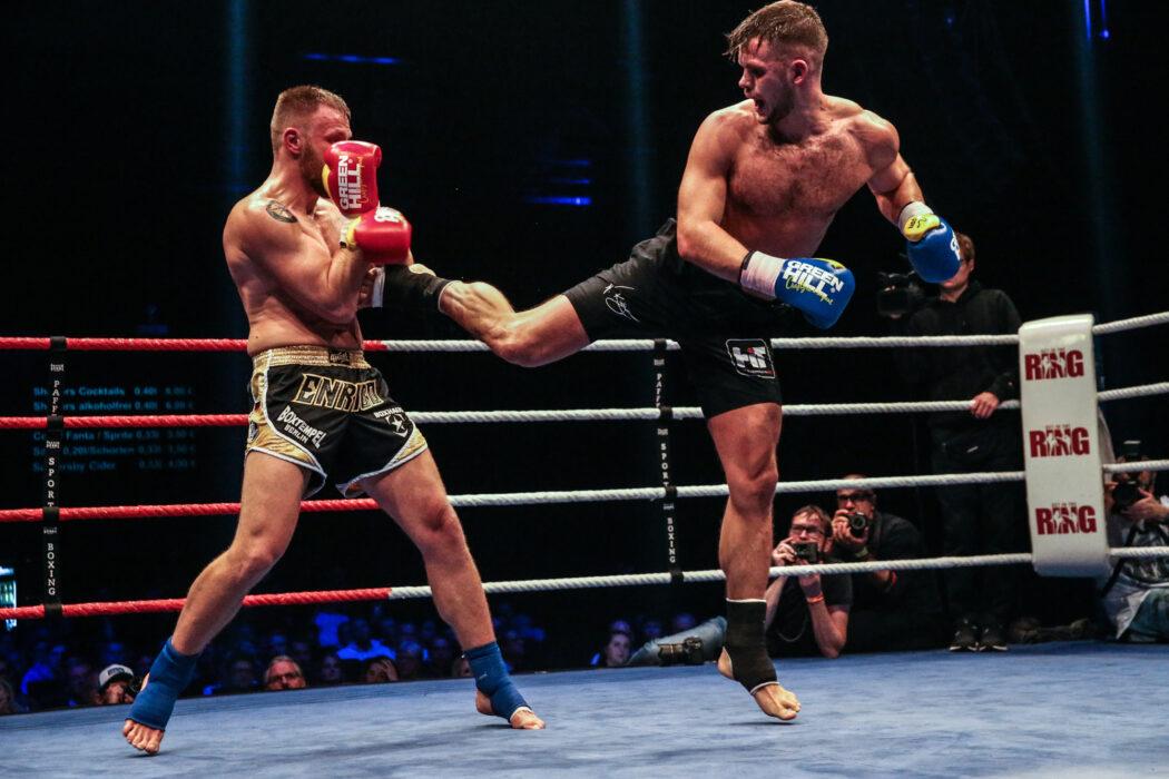 <h5>K1: Get in the Ring 17, Hamburg, 04.11.2017 86 Kg, Championship: Enrico Rogge (Boxtempel Berlin) - Florian Kroeger (Xite Fight Gym) © Torsten Helmke</h5>
