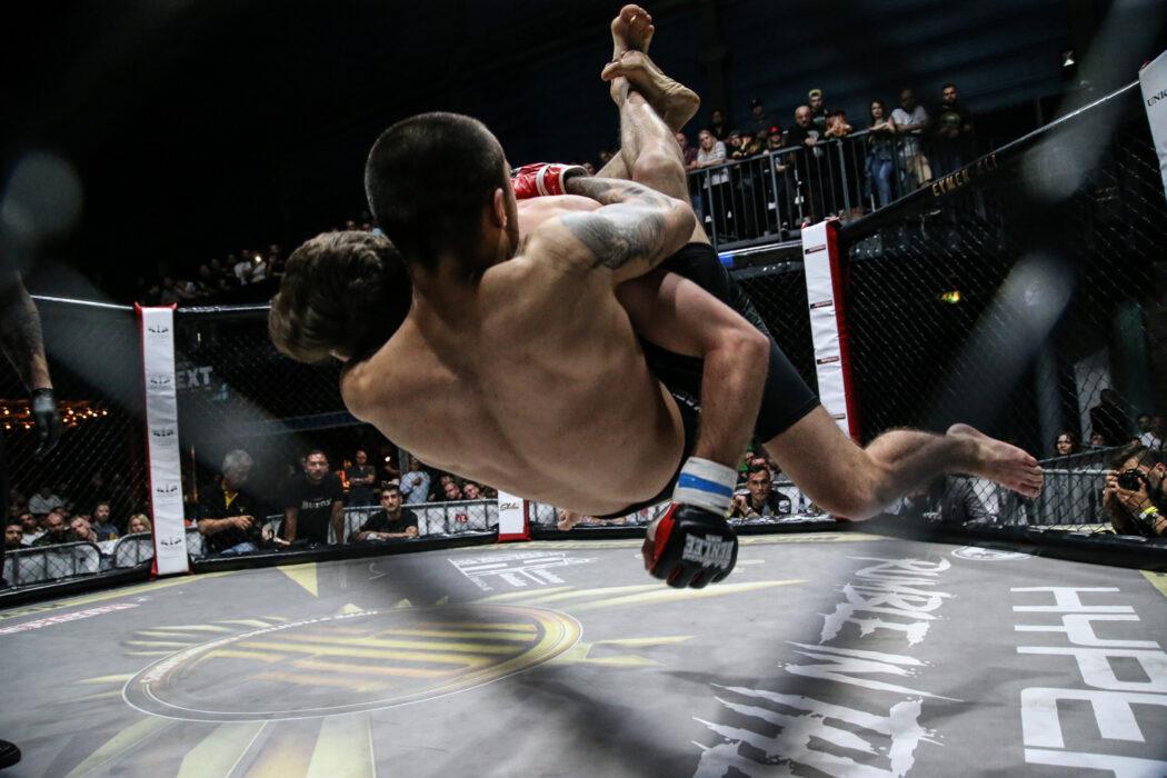 <h5>Hype FC: Boxen, K1, MMA, Bremen, 12.05.2018 MMA: Utku Sahin - Hakan Bozkurt © Torsten Helmke</h5>